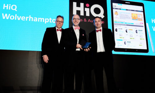 HiQ Wolverhampton (Simon Bennett) wins 'eShop of the Year' award at HiQ National Conference 2018