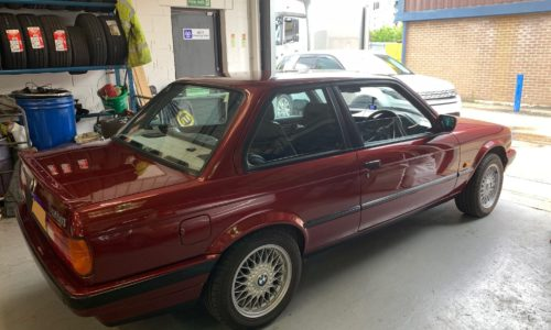 Rear view of a stunning Classic BMW in for servicing here at HiQ tyres & Autocare Maidstone