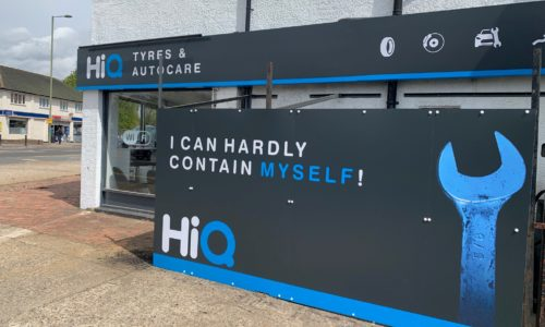 HiQ tyres & Autocare Horley-exterior new sign-4.jpg