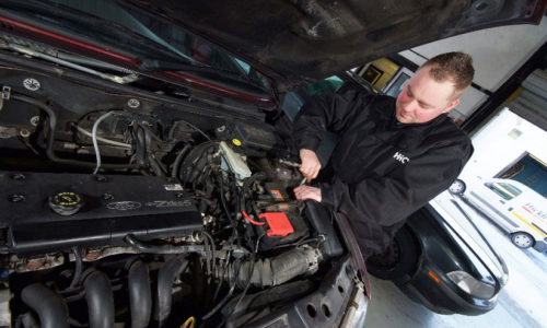 HiQ Helston Tyres and Autocare - team hard at work