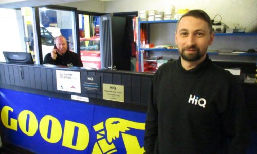 HiQ Tamworth Motorama team at reception