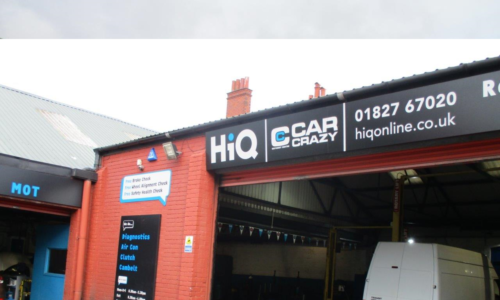 HiQ Tamworth Car Crazy outside centre bays