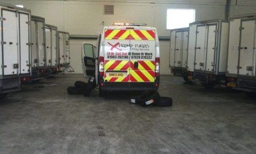 HiQ Worthing- 24 hour mobile tyre fitting van