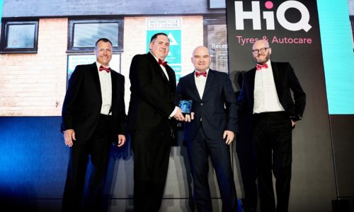 HiQ Witney wins 'Centre of the Year' Award at HiQ National Conference 2018