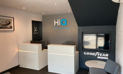 HiQ-Tyres-Autocare-Havant-Reception-and-TV.jpg