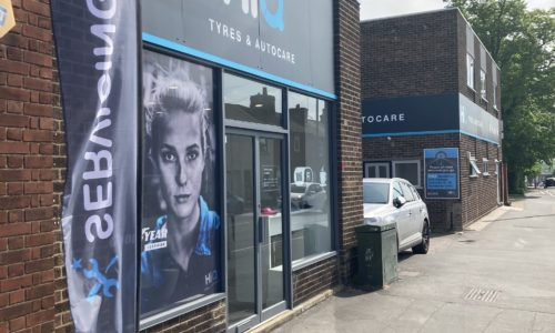 HiQ-Tyres-and-Autocare-Colchester-exterior-1.jpg