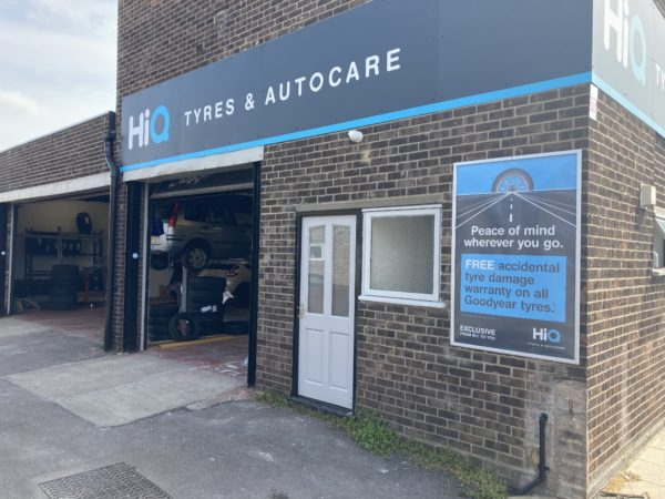 Hi Q Tyres Autocare Colchester exterior with view of workshop