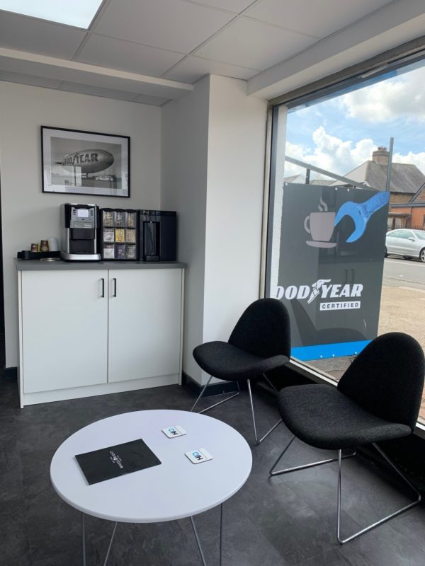 Hi Q Tyres Autocare Horley new waiting area