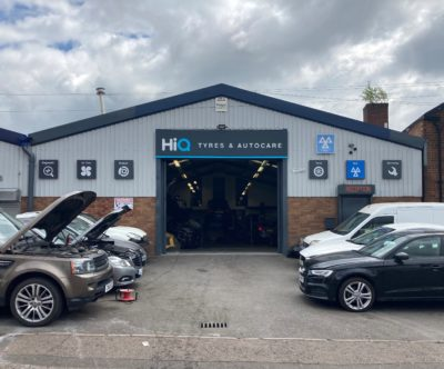 Hi Q Tyres Autocare Walsall entrance to centre and Hi Q logos